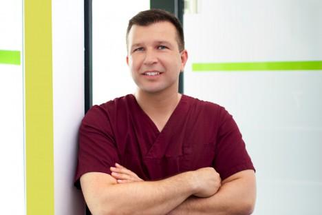 Implantologe Berlin - Jürgen Öztan