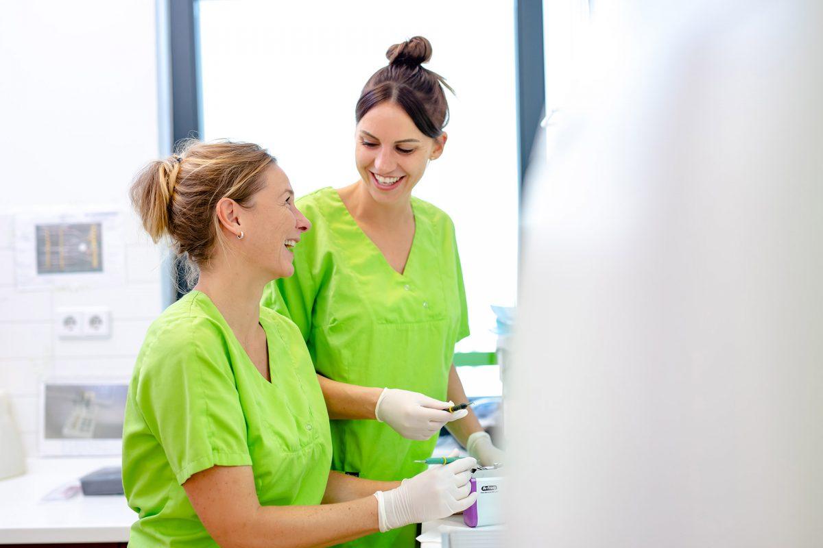 professionelle Zahnreinigung / Zahnkultur Berlin Adlershof und Karlshorst